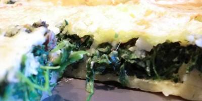 Spinat-Quiche-nachdem-Backen, Einstück fehlt