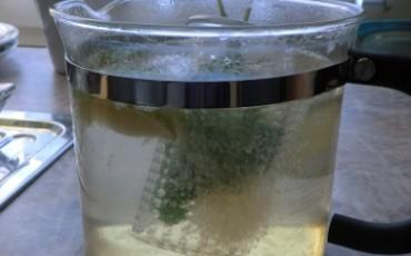 Limette-Minz-Tee
