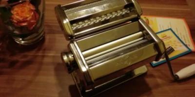 das ist meine nigelnagelneue und wundervolle Nudelmaschine