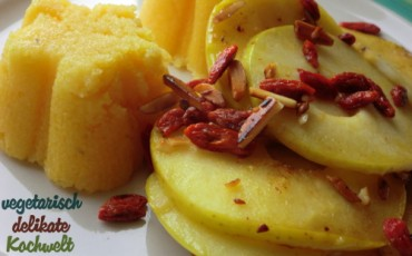 Polenta mit gebratenem Apfel