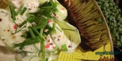 Gurkensalat mit Sauerrahmsauce