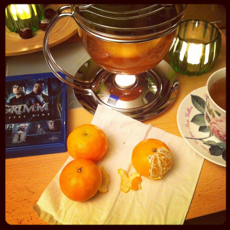 Gruseln mit Obst und Tee