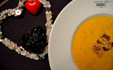 Rezept mit Herz - fruchtige Süßkartoffel-Kokos-Suppe