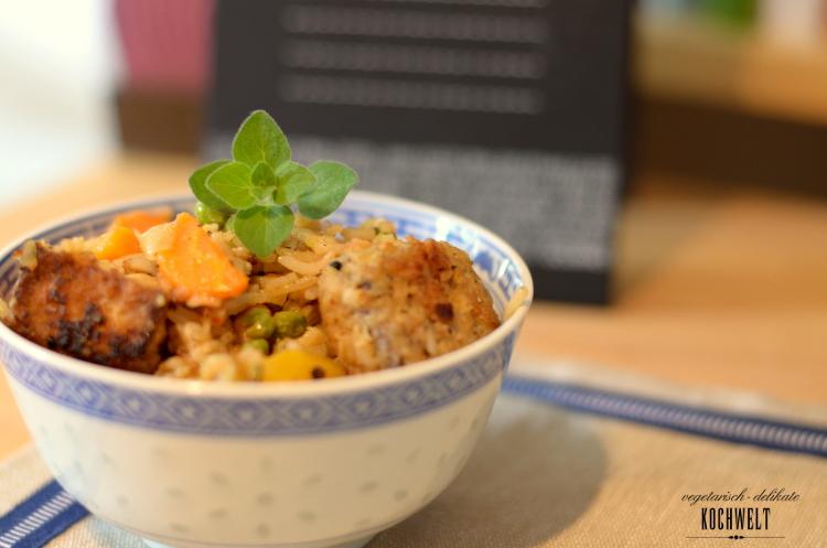 Erdnusstofu mit gebratenem Gemüse-Reis
