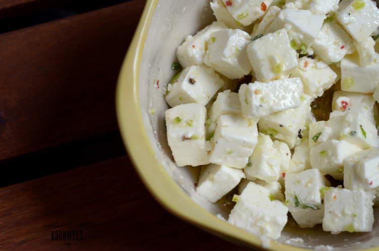 Ofenkürbis mit Salat und mariniertem Schafskäse I