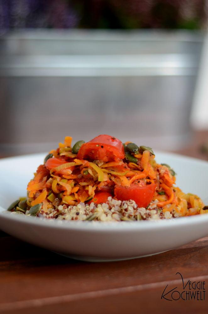 bunte Quinoa-Gemüsepfanne