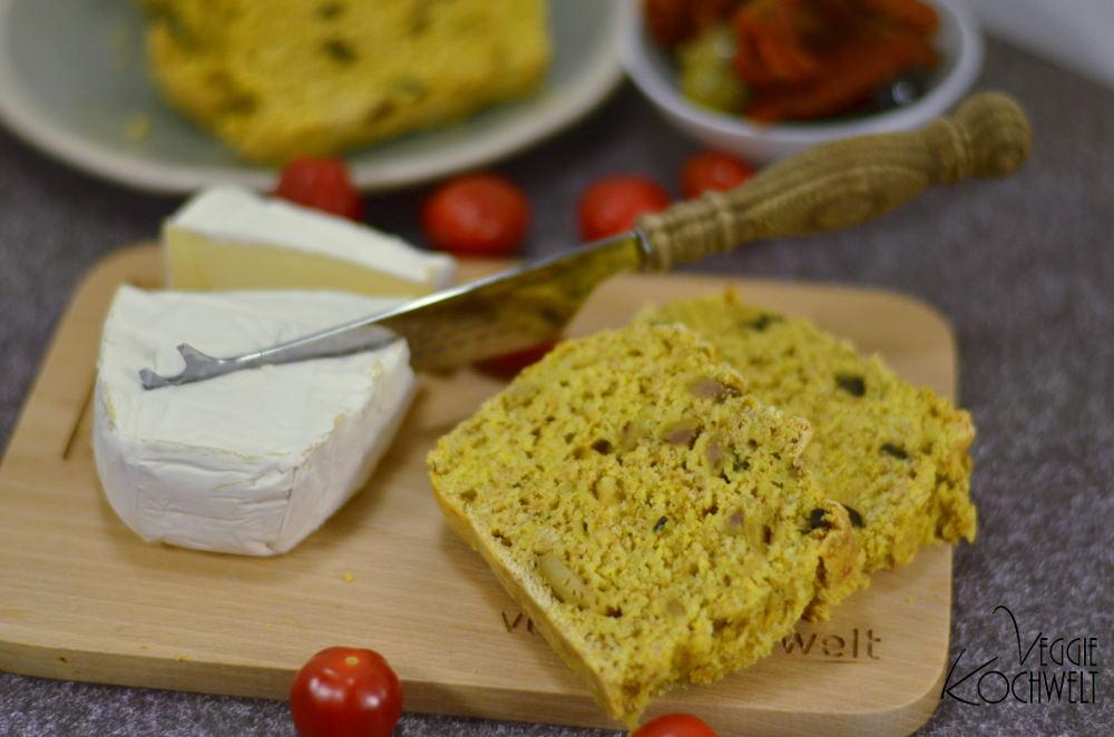 Oliven-Käsebrot