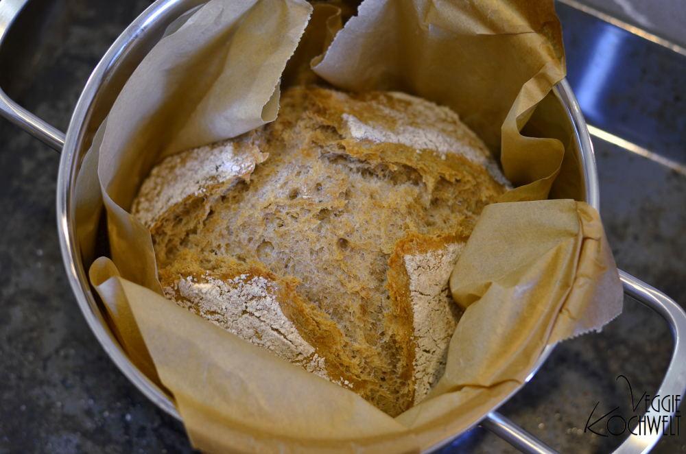 Weizen-Dinkel-Mischbrot
